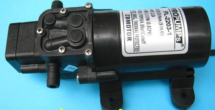 Pompa di autoadescamento a pressione d'acqua a membrana a diaframma fresco da 12 V cc richiesta 2.9L / Min 35 - Max 70PSI Caravan / Boat / RV Spedizione gratuita, dandys