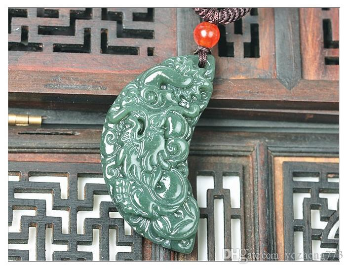 Natural Hetian jade green jade green jade pendant necklace pendant Christmas card female sweater chain
