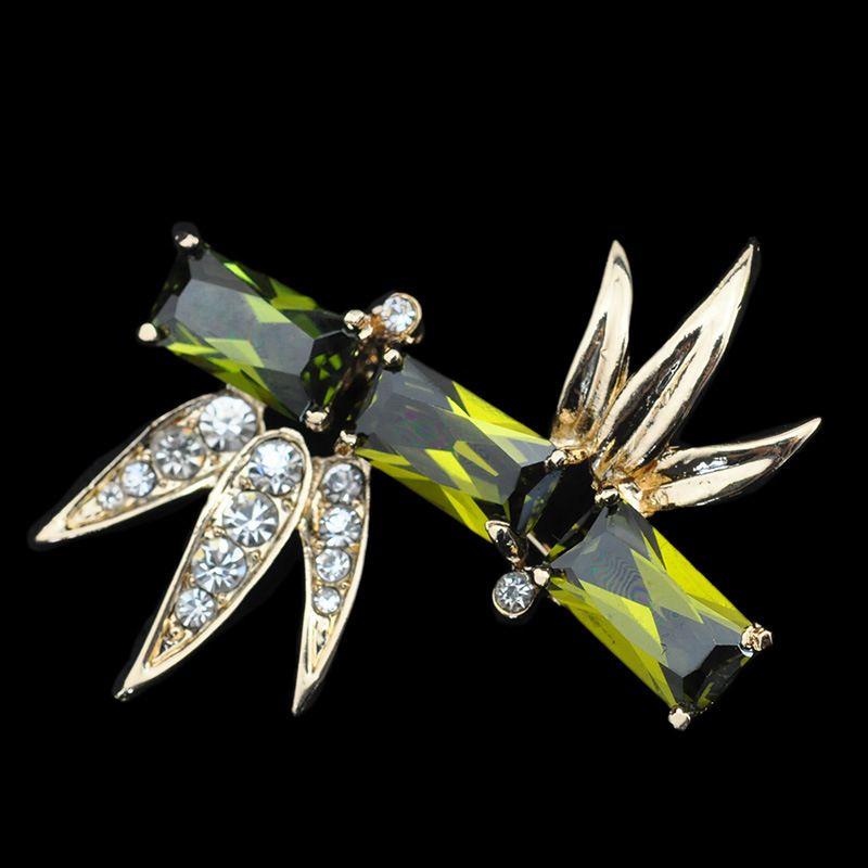 Romantische bamboe broche vergulde sieraden voor vrouwen Emerale kristallen pin broches mode sjaal bijoux accessoires