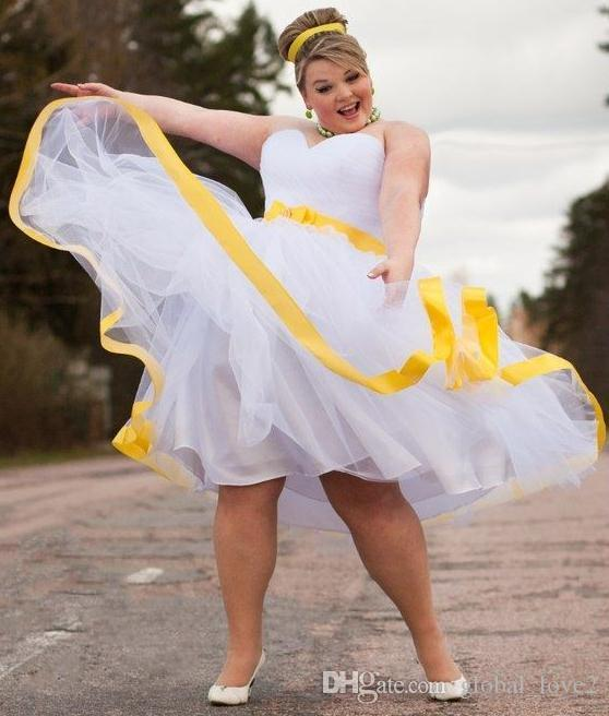 Discount Romantic Plus Size Wedding Dresses Color Knee Length