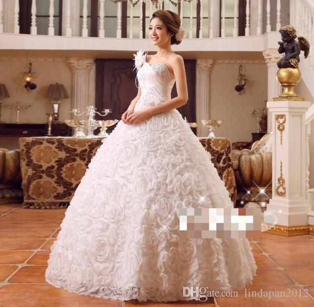 New Spring & Summer Bride Strapless Dress 2015 Hot Sale Sweetange Korean Style Sweet Romantic Lace Princess One Shoulder Straps White flower