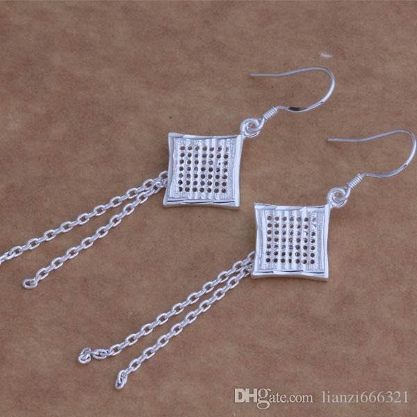 Moda Takı Üreticisi 40 adet çok eşkenar püskül küpe 925 ayar gümüş takı fabrika fiyat Moda Parlaklık Küpe AE007