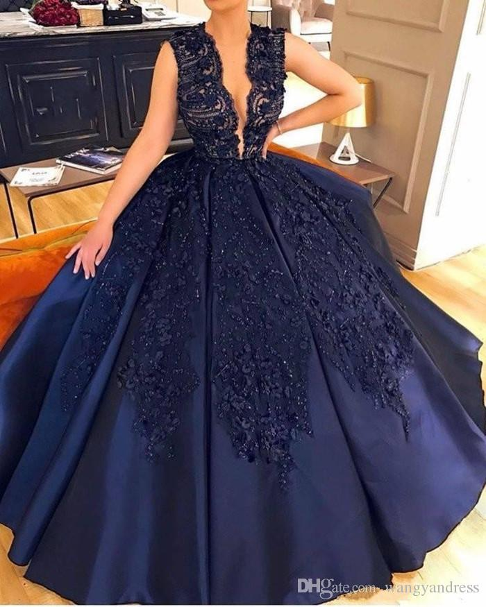 Modest Navy Blue Lace Appliqued Beaded Prom Dresse Sexy Deep V Neck Ball Gown Quinceanera Dress Formal Pageant Wear Custom Made