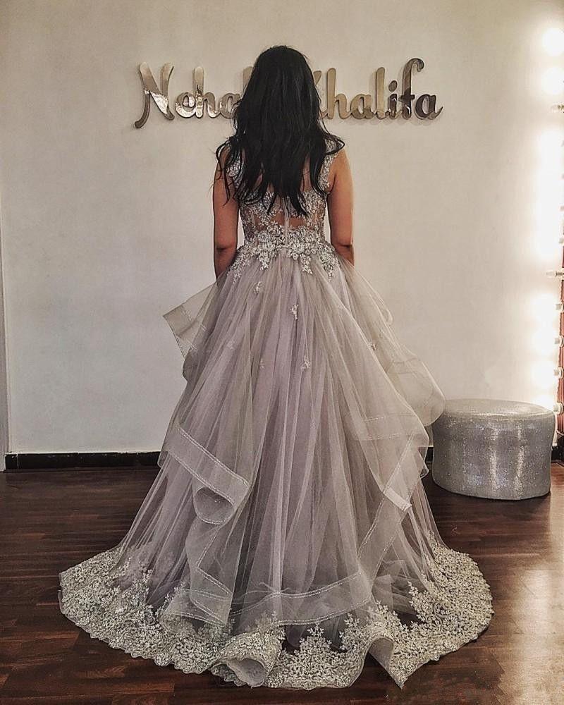 Erstaunlicher hellgraue Abendkleider Schatz-Spitze Appliques wulstige Abendkleider 2020 Tiered Sweep Zug spezielle Gelegenheits-Kleid