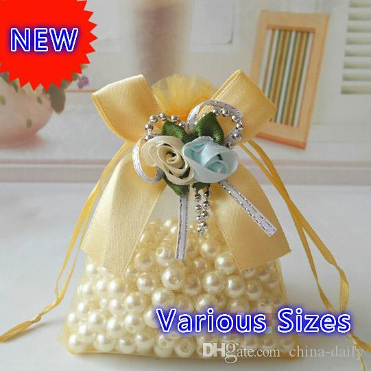 .Free Ship Différentes Tailles Organza Sacs Tulipe Bowknot Perles D'affaires Promotionnel Emballage Sac Sachet Bonbons Perles De Noël Cadeau Sacs