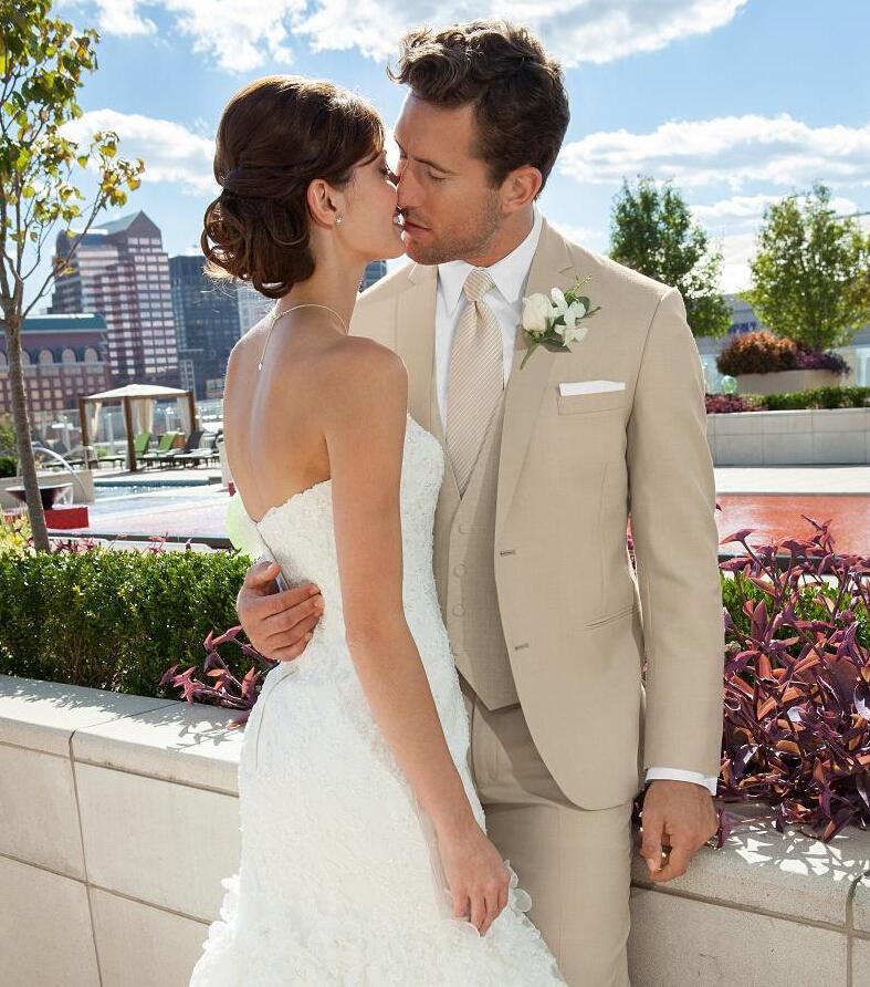 Grosshandel Benutzerdefinierte Beige Hochzeitsanzug Fur Manner Revers