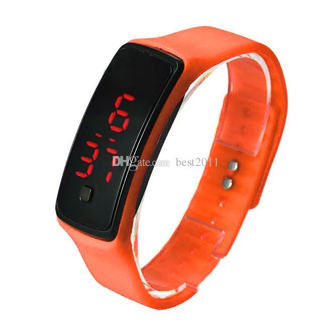 2015 Spor dikdörtgen LED Dijital Ekran saatler Kauçuk kemer silikon bileklik Bilek İzle Moda Erkekler Kadınlar Şeker Kol Saati
