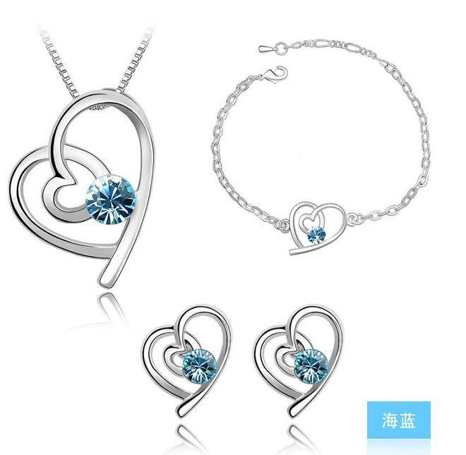 Bracelets Stud Earrings Necklaces Fashion Austria Zircon Crystal Necklace+Earrings+Bracelet Love Heart Jewelry Set Diamond Jewellry