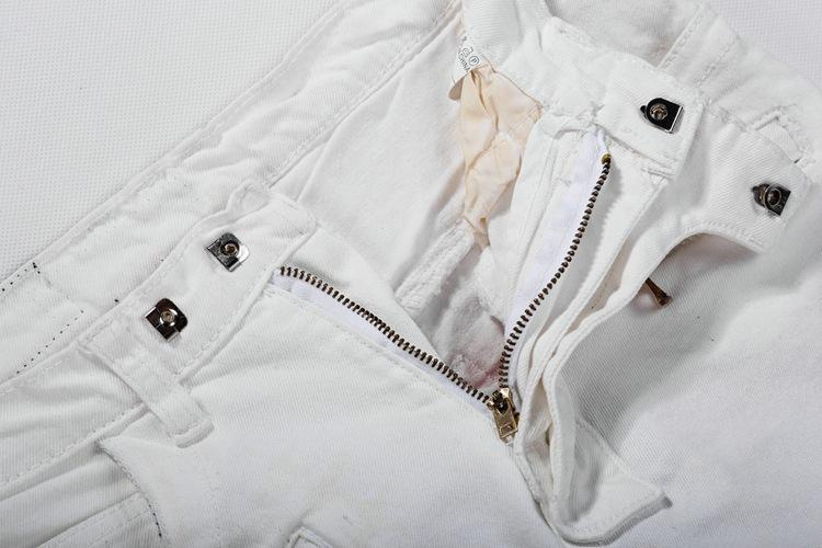 Известный бренд Франции мужские прямые тонкие ноги байкер белые джинсы взлетно-посадочной полосы модельер разорвал истинные джинсы для мужчин BP джинсовые брюки