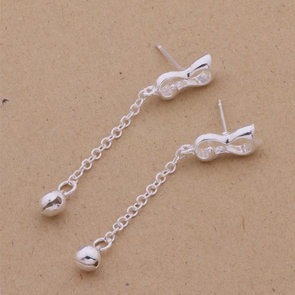Fashion Produttore di gioielli 40 pezzi un sacco Campanelli pendenti diamanti orecchini in argento sterling 925 fabbrica di gioielli Moda brillare orecchini