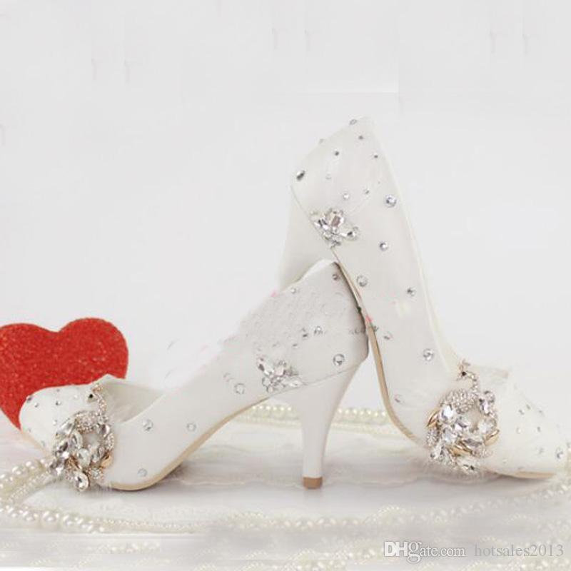 Patente De Couro Branco Sapatos De Vestido De Noiva Sapatos De Casamento de Cristal Pavão Handmade Mãe da Noiva Sapatos Cerimônia Religiosa Bomba