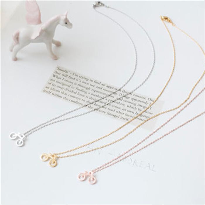 Hochwertige Anhänger Halsketten Europa und Amerika Beliebte Anhänger Halskette für Frauen Neue Ankunft für Sale30