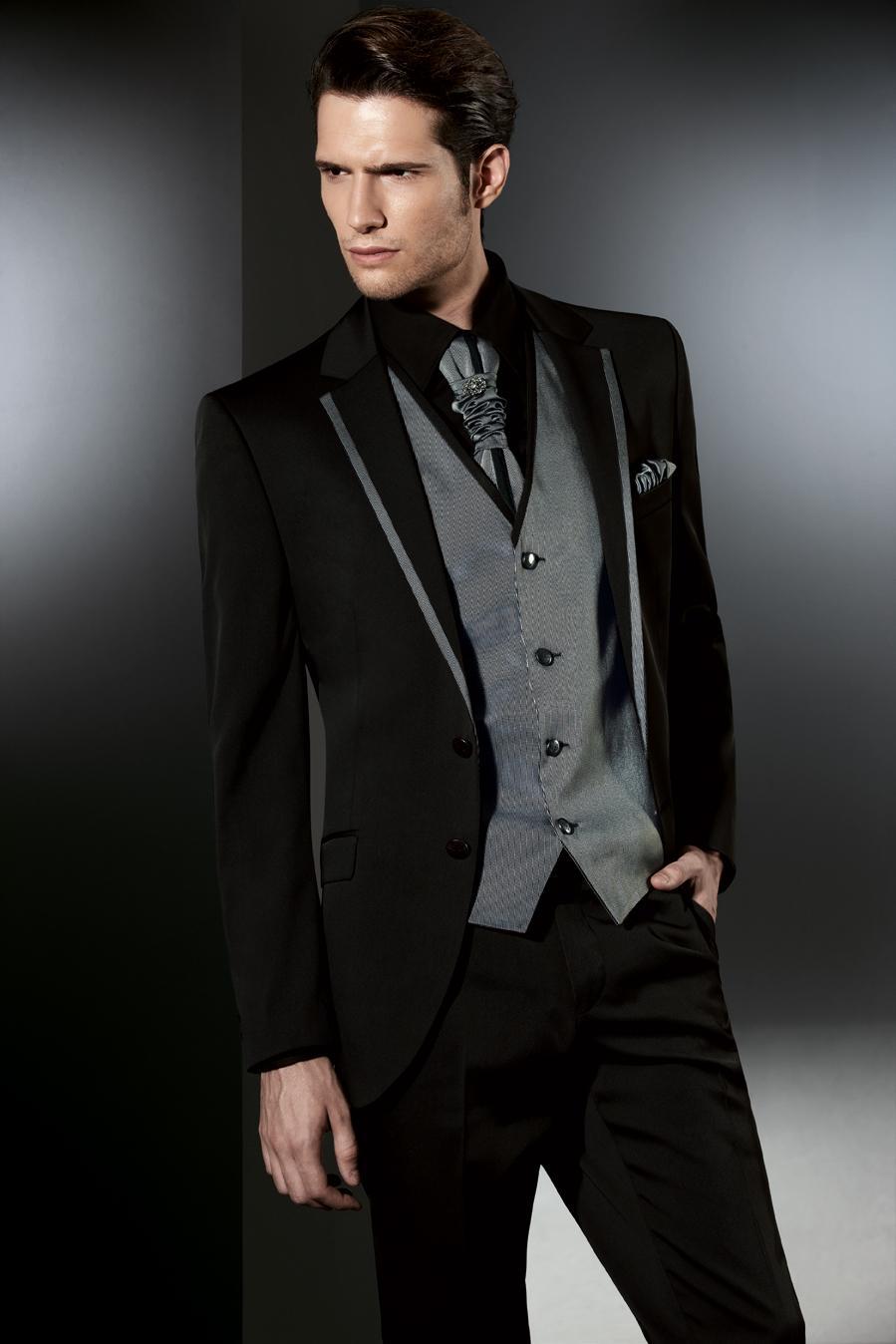 Black Men Tuxedos Notched Lapel Wedding Suits For Men Mens Suits Slim Fit  Two Buttons Formal Groomsmen Suit Jacket+Pants+Vest+Tie Tuxedos for Men  Wedding ... bb9e60d9d1a