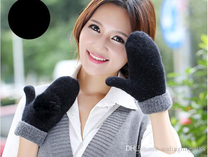 Woolen Gloves Warm And Soft Winter Ladies Mittens Solid Colors Grace Rabbit Fur Ball Double Layer Knitted Gloves Match Colors