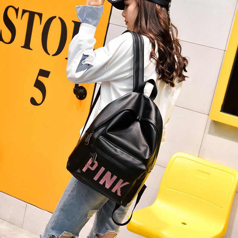 5dcf96846e02c Satın Al Pembe Tasarımcı Sırt Çantaları Kadınlar Yeni Parlatıcılar PINK  Kitap Çantası Omuz Çantaları Mochilas Moda Bayanlar PU Deri Çanta Öğrenci  Okulu Sırt ...