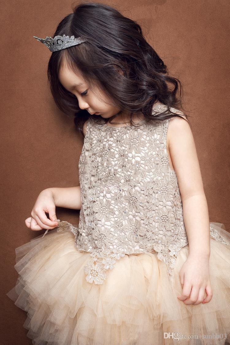 Tutu menina Vestido Meninas Rendas Vestidos de Princesa Do Bebê Dos Miúdos Roupas Floral Oco Sem Mangas Vestido de Verão Coreano Estilo Vest Dressy Champagne
