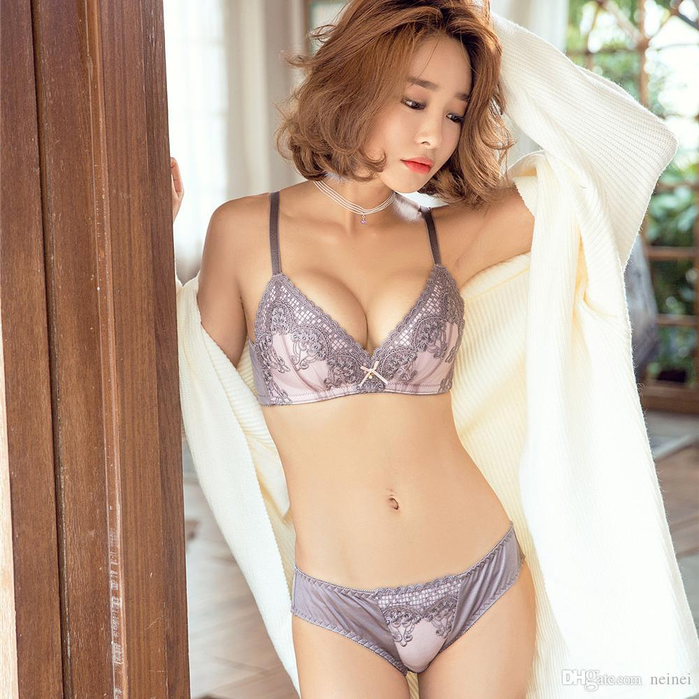 3d3b52742bb89 2019 Retro Embroidery Lingerie Thin Cotton Cup Women Bralette Seamless Bra  And Brief Sets Girls Underwear Suits Push Up Intimates From Neinei