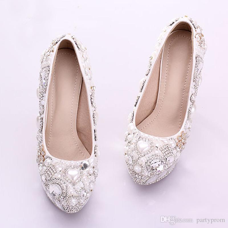 Cristal chispeante Zapatos de boda nupciales Pageant Zapatos de noche Festival Fiesta de graduación Tacones altos White Pearl Mujeres Banquet Shoes