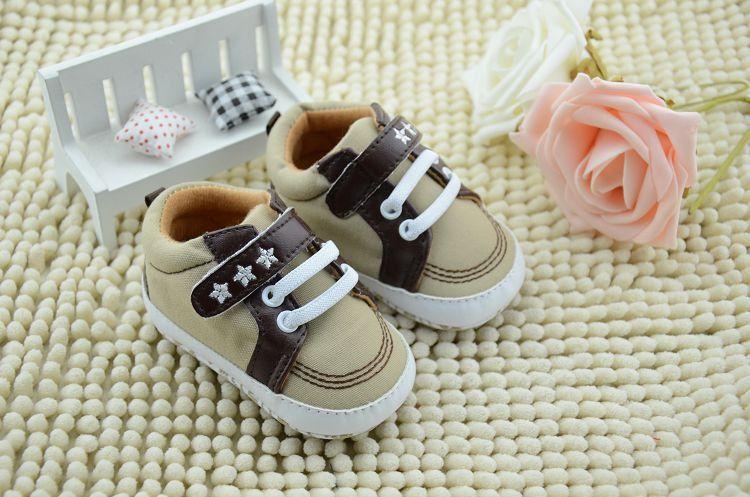 Nueva venta al por mayor de primavera otoño infantil andador niño recién nacido niñas niños zapatos antideslizantes cómodo botton niños prewalker zapato
