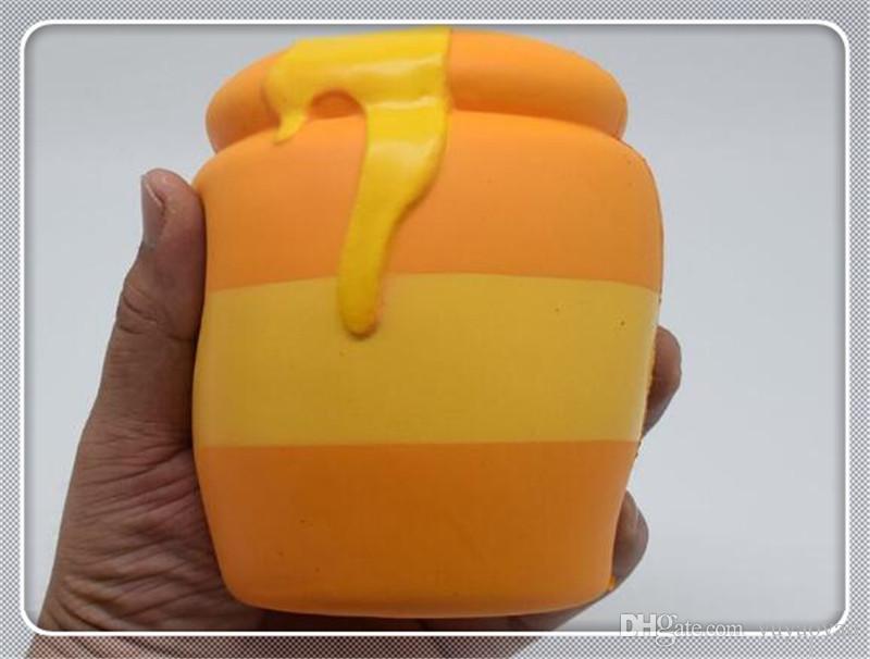 Hot sale Squishy simulation food model honey jar PU slow rebound pinchle resin handicraft stress relief toy999