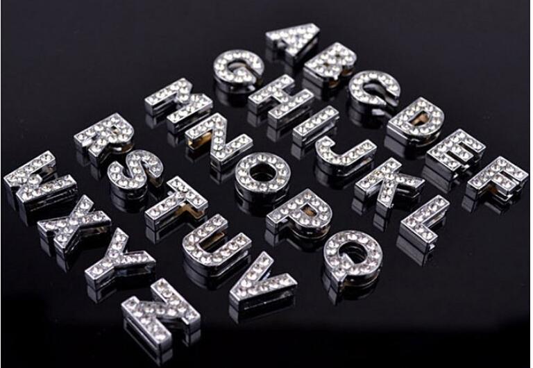 500 piezas / lote 8 mm / 10 mm A-Z letras de diamantes de imitación para el nombre de DIY MET! DIY DOG CAT PET COLLAR DE PET Slide letras