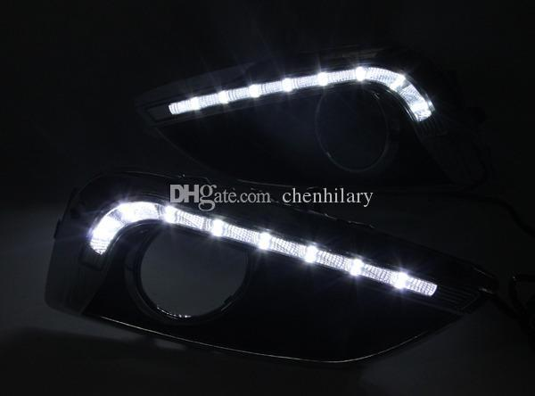 Süper Parlak Beyaz LED Günışığı Koşu Işıkları Araba Sis DRL Hyundai IX35 2010-2013 için LED Gündüz Çalışan Gün Işığı