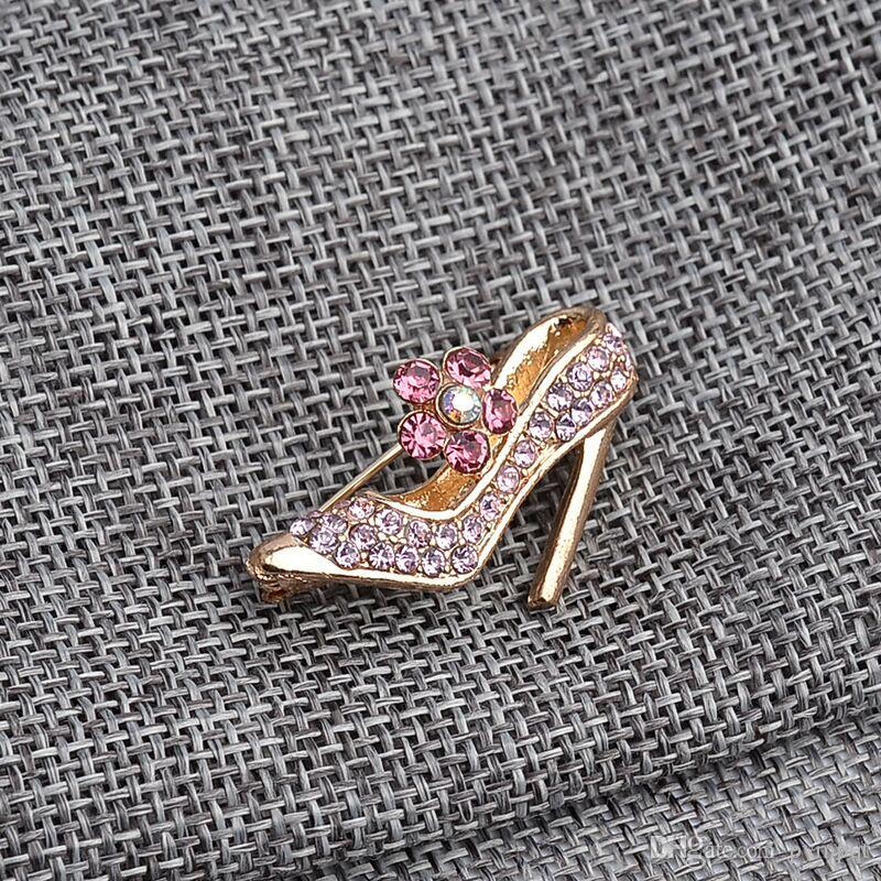 women Studded with full of pink rhinestone High heels Brooches High heeled shoes pin Cinderella Crystal shoes Brooch pins Corsage Thorn 045