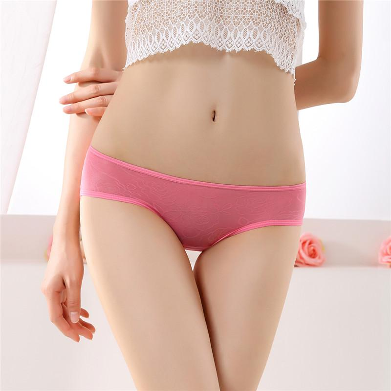 Sexy Lace Women Underwear Briefs Erotic Panties Floral Black Lace Comfort See Through Taste Ultra-thin Transparent T-Back Underwear Knickers