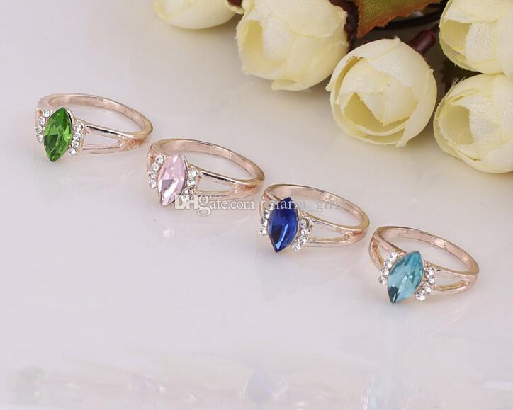 2015 горячие продажи мода женщина / девушка в форме сердца призматические нерегулярные кристалл розовое золото кольцо смешанный стиль 50 шт. / Лот
