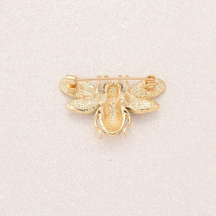 Brand Designer Bee Brooches Pins For Women High Quality Rhinestone Crystal Buckle Brooch Luxury Jewelries Wholesale