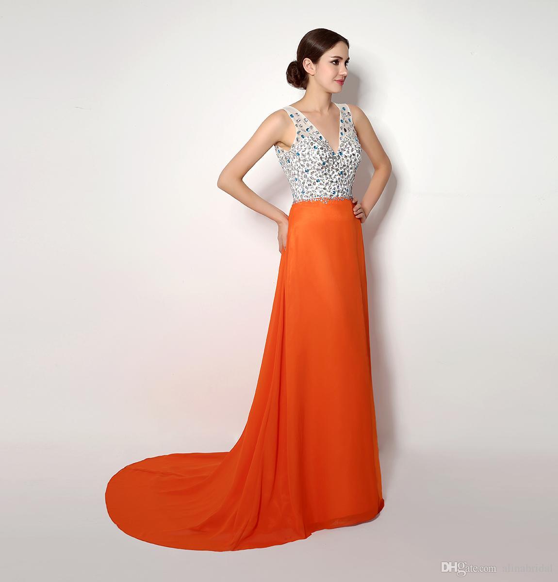 2018 I lager Orange Designer Prom Klänningar Under 50 V-Neck Kvällar Sida Split Kristaller Baklösa Kvällar Lång Party Formell Klänning