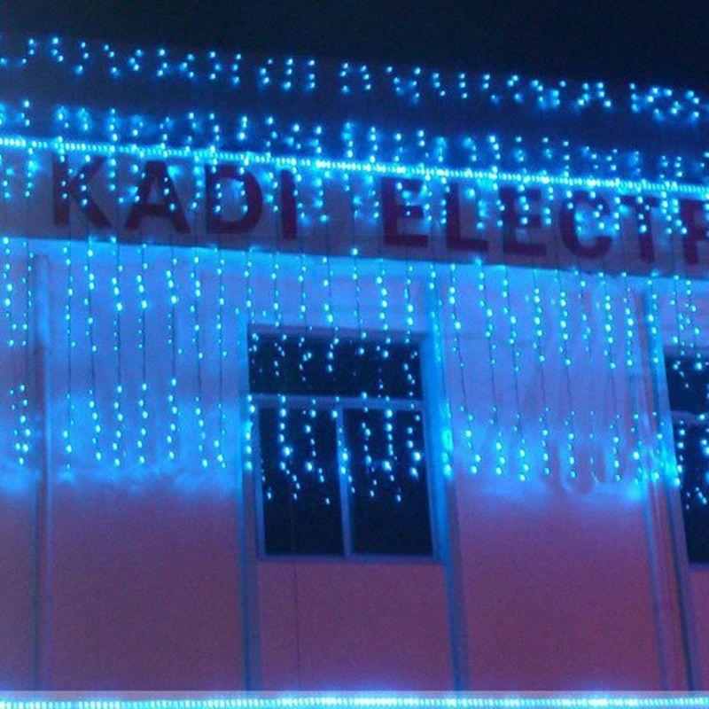 뜨거운 3M X 2.5M 240 LED 홈 야외 휴가 크리스마스 장식 웨딩 크리스마스 문자열 요정 커튼 Garlands 스트립 파티 조명