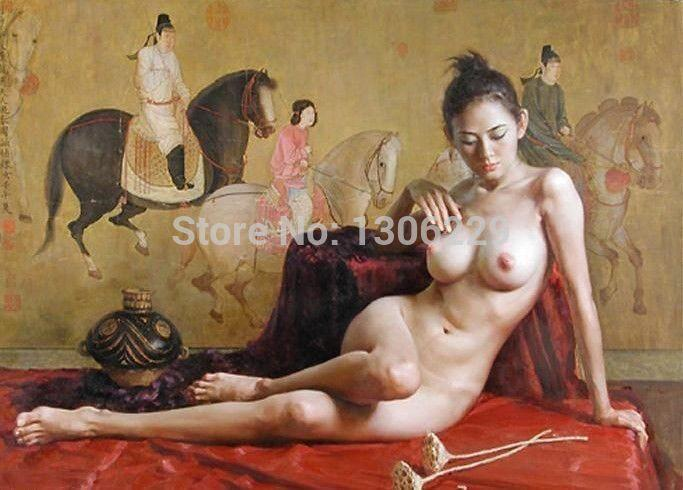 nude-women-in-the-room-pictures
