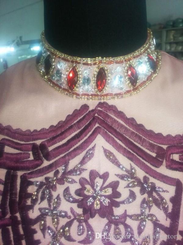 Exquisito bordado Vestidos de baile Cristales Granos del cuello Lentejuelas Mangas cortas Gasa Largo Vestidos de fiesta de noche formal por encargo