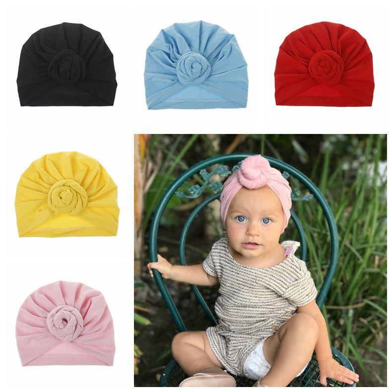 fced46ddb511d VENDA QUENTE do bebê Top Turbante do Nó chapéu Criança Turbante macio  estilo retro bebê do bebê Recém-nascidos meninas meninos cabeça envoltório