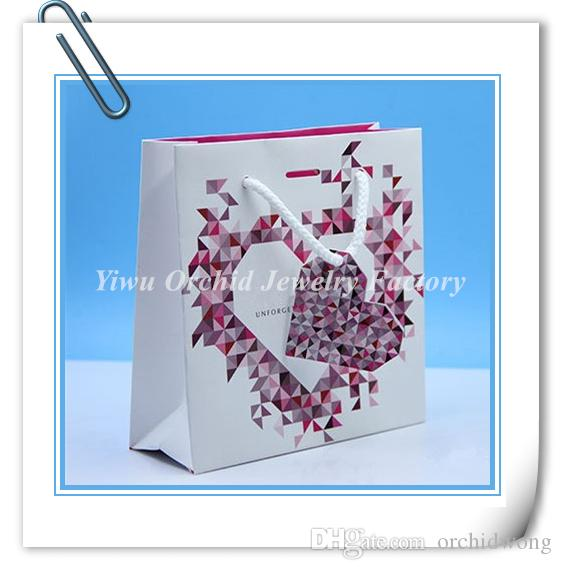 الجملة 10 قطعة رائعة عالية الجودة ورقة هدية حقيبة 16 * 16 * 6 سم يناسب باندورا المجوهرات سوار قلادة مربع التعبئة والتغليف حقيبة حقيبة تسوق