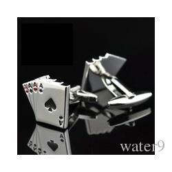 2f9b7c3ae62 Compre Fc Jóias 4a Abotoaduras De Poker Masculino Francês Camisa Abotoaduras  Design De Cartão De Abotoaduras De Moda Para O Presente Da Jóia Dos Homens  ...