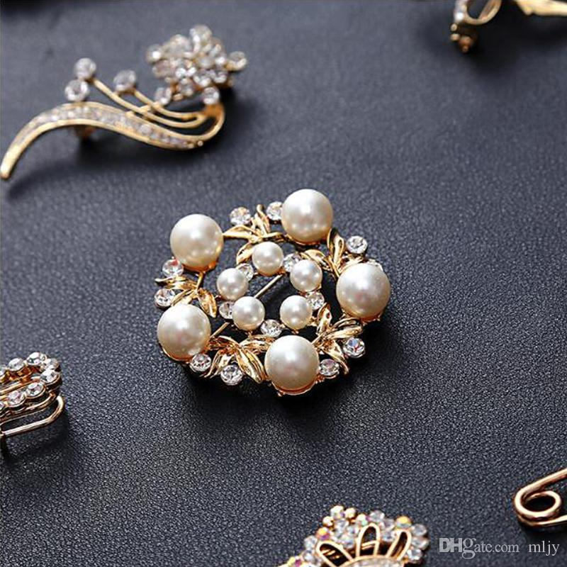 MLJY Crystal Brooch 20 Styles Large Vintage Female Pins and Brooches for Women Collar Lapel Pins Badge Flower Gold & Silver Brooch Jewelry