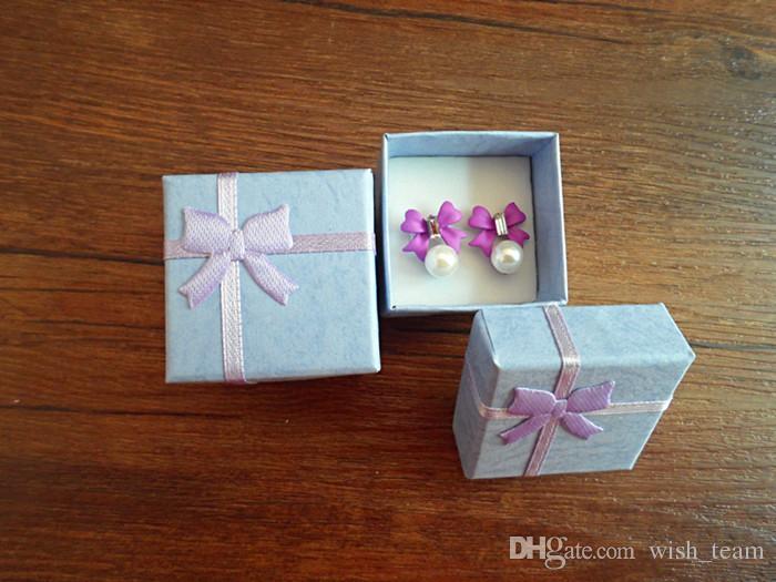 Оптовая 50 шт. / лот квадратное кольцо серьги ожерелье коробка ювелирных изделий подарок настоящее дело держатель комплект W334