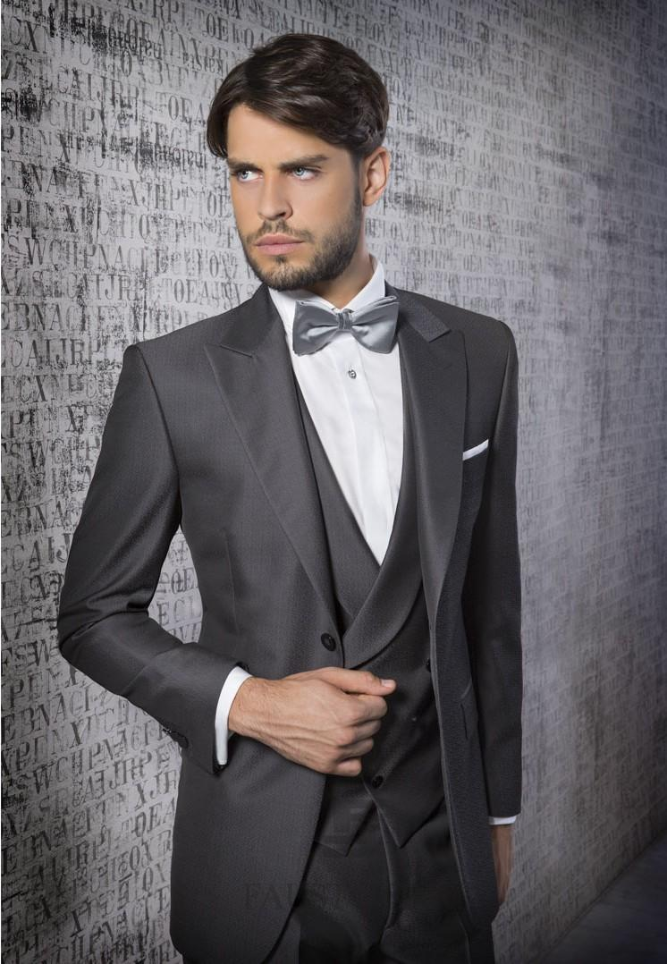 2015 Fashion Dark Grey Mens Suits Peaked Lapel Tuxedos Groomsmen ...