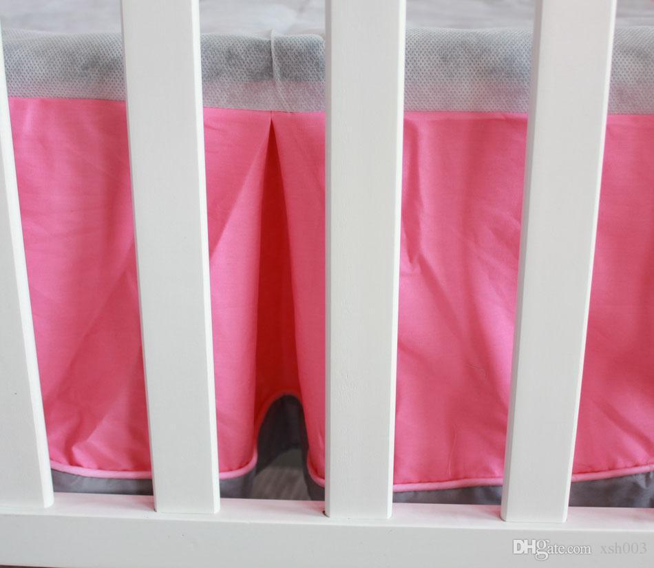 Commercio all'ingrosso 2016 rosa Neonate set di biancheria da letto 100% cotone Ricamo casa di fenicotteri Presepe set di biancheria da letto Quilt Bedskirt Bumper Lettino biancheria da letto