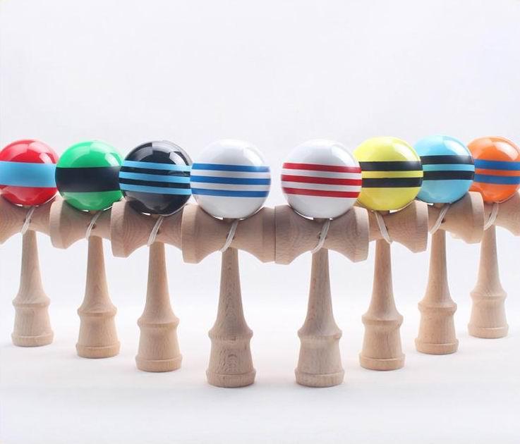 大きな剣士ボール日本の伝統的な木製のおもちゃ多くの色18.5 * 6センチ教育ギフトの贈り物ノベルティおもちゃ180ピーDHL送料無料