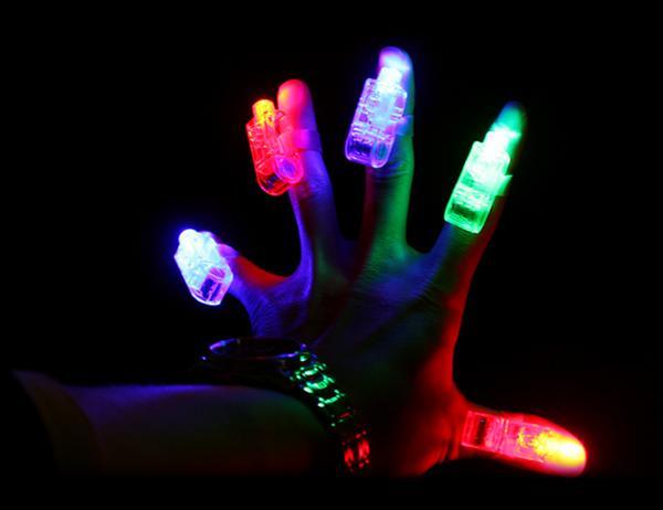 12 sztuk / partia Led Finger Light, 4 Kolor Laser Lampa Palec, Mini LED Party Balony Światło Na Wesele, Urodziny, Chistmas Dekoracja Darmowa Wysyłka