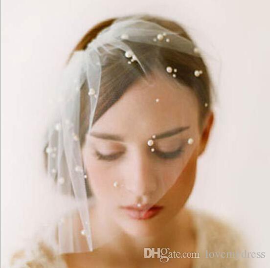 2021 Charmant Ivory Tulle Bridal Tiaras Bohemen Haaraccessoires Faux Pearl Hoofdband Wedding Accessoire Meisjes Party Hoofddeksels Bruid Haar