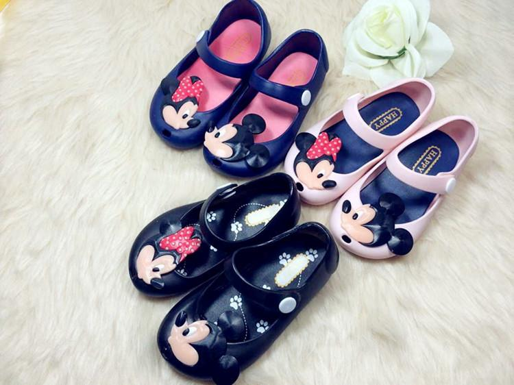 cd757d2a3adf New 2015 Girls Shoes Cartoon Mickey Baby Jelly Shoes Cute Crystal Jelly  Shoes Girl Princess Soft Sole Sandals Shoes XW014 UK 2019 From Cherry room