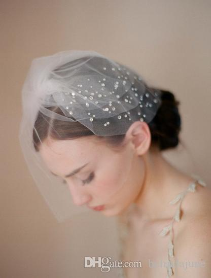 Best Selling Wedding Head Pieces Comb Cheap Beauty Pearl Hair Veil For Bride Wedding Veils Party hair accessory Bridal Accessory 2015