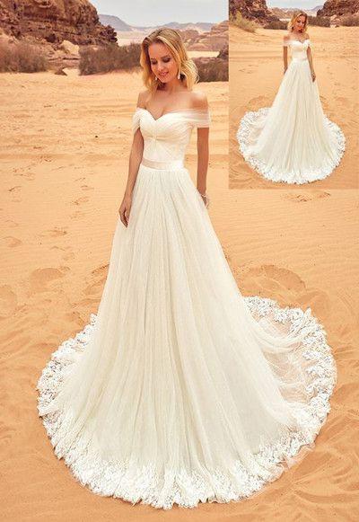 Fora do ombro Boho Vestido de Noiva Barato 2018 Mangas Curtas Tule Applique Lace Plissado Tribunal Train Beach Estilo de Casamento vestidos de Noiva