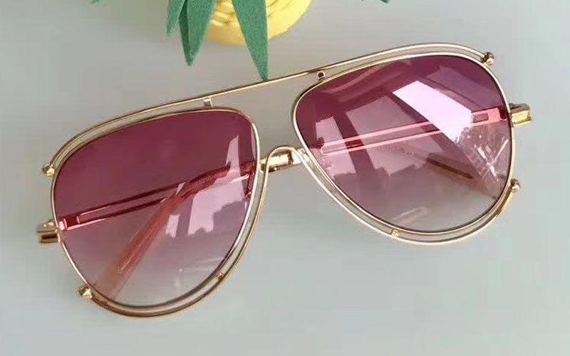 New luxury fashion brand designer sunglasses CE 121 metal round retro twist frame simple leisure summer style eye protection catwalk models