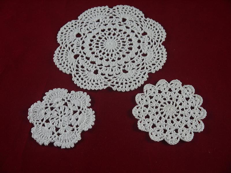 Handmade Crocheted Doilies cup pad vase mat 3 Design, White lace Round coasters Home Textiles 10-20 cm table mat 30PCS Table Napkin