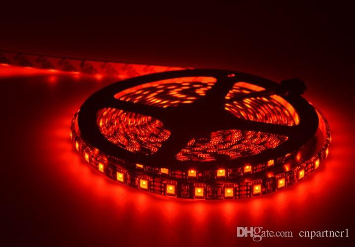 Usine vente directe étanche 5050 RVB Noir PCB 60led / m 5M 300 LED SMD IP65 DC 12V Flexible Light Strip + 44key + 12v 5A power